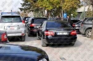 """Çeku blen 720 mijë euro xhipa """"Mercedes"""""""