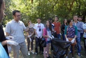 VV-ja në Malishevë, pastron zonën në Ujëvarën e Mirushës