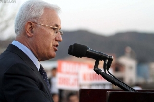 Paskal Milo: Zogu, pakt me serbët për të shpërngulur shqiptarët e Kosovës