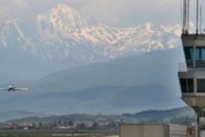 S'ka shpjegim për shtyrjen e rihapjes së hapësirës ajrore të Kosovës