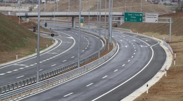 Planet e qeverisë, autostrada për Prizren e Shkup me pagesë