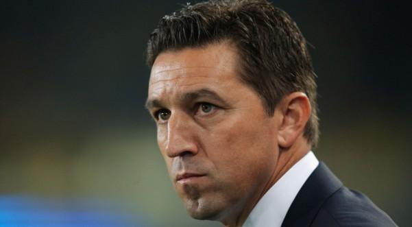 Shqipëria në kërkim të trajnerit, Hasi favorit