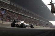 Hamilton triumfon në Bahrein