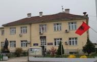 Suharekë: Nuk u pranua në punë, sulmon drejtorin komunal