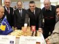 Ndërkombëtarizohet edhe shahu