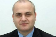 Haxhi Avdyli:  Shteti në bllokadë