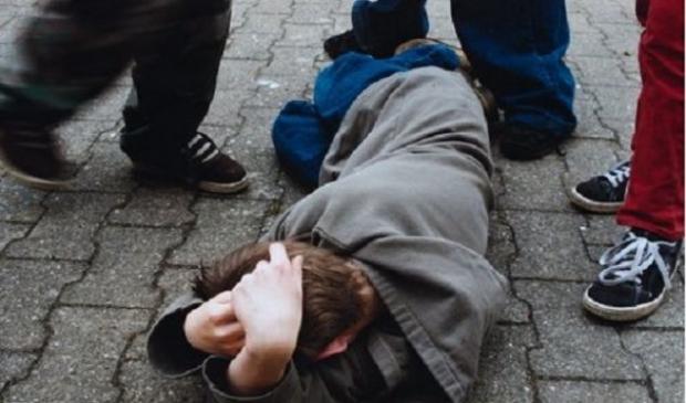 Nxënësit në Suharekë rrahen mes vete për arsye të 'këqyrjes shtrembër'