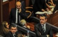 Kundërshtarët e Mustafës nuk flasin për kandidaturat për kryetar partie