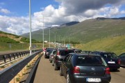 Për gjashtë muaj kanë hyrë në Shqipëri 361 mijë kosovarë, 620 mijë të huaj