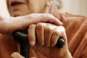 Pensionistët fajësojnë pushtetin për ikjen e të rinjve