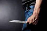 Prizren, pas një mosmarrëveshje e sulmon me thikë
