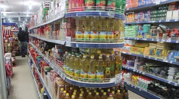 Taksa për produktet serbe dhe boshnjake varfëroi shportën e konsumatorëve