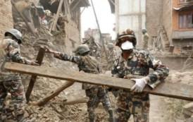 Rritet numri i viktimave nga tërmeti shkatërrues në Nepal