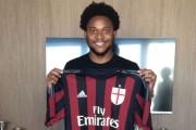 Zyrtare: Luiz Adriano, lojtar i Milanit