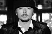 Unikkatili publikon këngën e re (Audio)