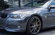 Prizren: Falsifikon targat e veturës