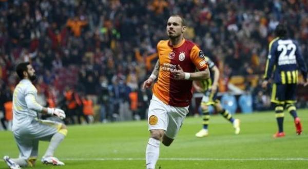 Sneijder njofton pensionimin