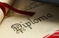 A ju ndihmon diploma të gjeni punë?