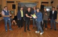 Gani Sunduri nderohet nga Mjeshtrit e Karikaturës në Bullgari