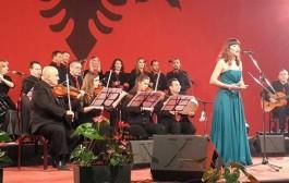 """Albulena Misini, fituese e festivalit """"Kosovarja këndon"""""""