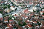 Mbishkrime terroriste në pallatet e qytetit të Korçës