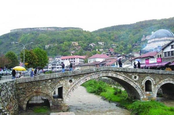 Në Prizren, midis të vdekurve e të gjallëve