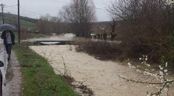 Komuna e Rahovecit intervenon në evitimin e vërshimeve