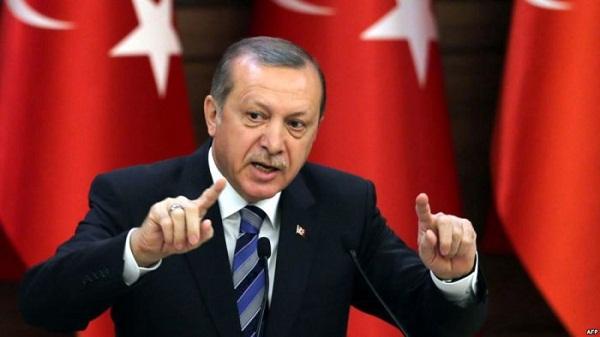 Erdogan: Presim që Trump të tërhiqet, vendimi për të ardhur keq