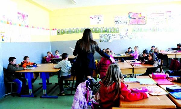 Nxënësit detyrohen t'i bëjnë kopje librat që u takojnë falas