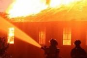Përfshihet nga zjarri garazhi i ambulancës në Hoçë të Madhe
