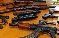 Policia në Prizren gjen armën e fshehur në frigorifer