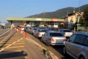 Fundjava dërgon kosovarët në Shqipëri – bëhet tollovi (VIDEO)
