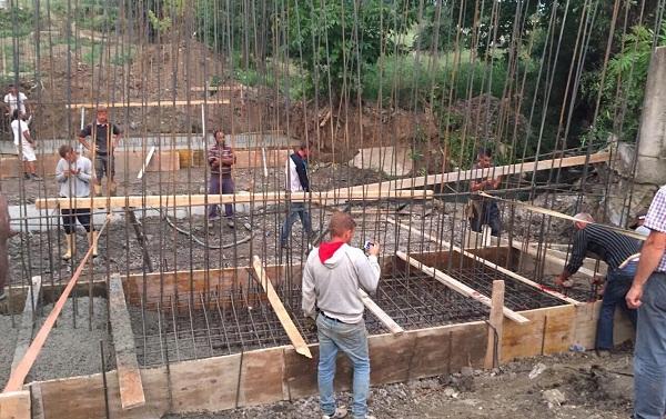 Kompanitë e ndërtimit në Prizren kanë mungesë të fuqisë punëtore