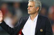 """Mourinho """"shokon"""" tifozët e Man Utd"""