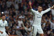 Cristiano Ronaldo barazoi Lionel Messin