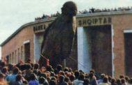 28-vjet nga rrëzimi i bustit të Enver Hoxhës