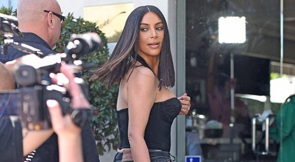 Kim Kardashian siç nuk e keni parë, ndryshon stilin e flokëve