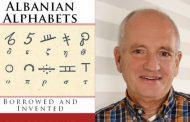 Gjuha shqipe dikur shkruhej në gati dhjetë alfabete të ndryshme