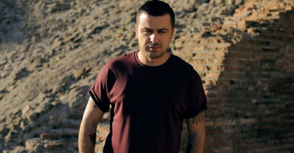 Genc Prelvukaj i quan zvarranikë politikanët shqipëtarë