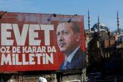 17 turq kërkojnë azil politik në Greqi