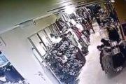 Kapet duke vjedhur në një butik në Malishevë