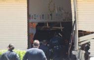 Makina hyn në klasën e një shkolle në Sidnej, dy të vdekur