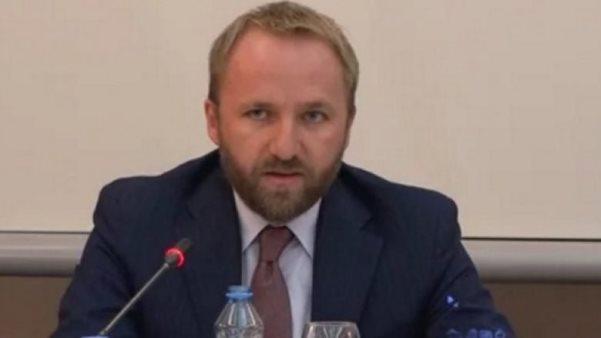 Ministri Tahiri viziton Gjykatën Themelore në Prizren