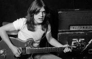 Vdes kitaristi i AC/DC (VIDEO)