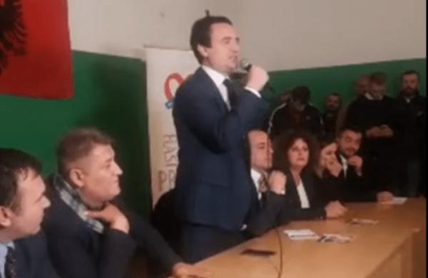 Albin Kurti: Shaqir Totaj është i shantazhuar nga SHIK-u për një fotografi (Video)