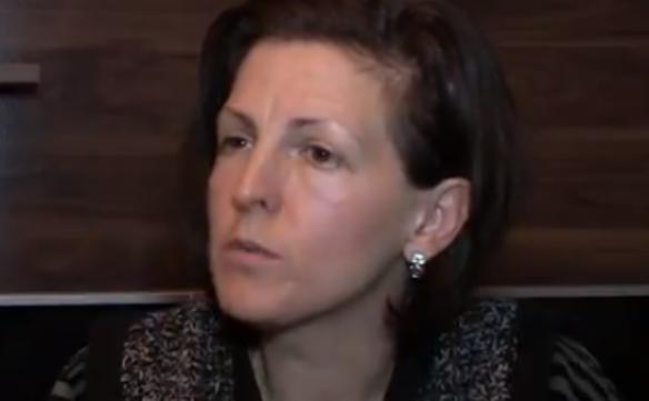 Rrëfimi i nënës nga Prizreni që humbi djalin nga plumbi qorr në natën e vitit të ri (Video)