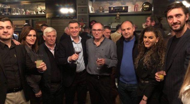Veseli ngre dolli për festat e fundvitit në Prizren