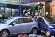 Arrin në 48 numri i të plagosurve nga përplasja e një autobusi në Gjermani