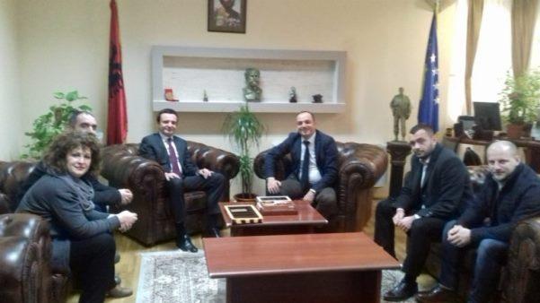 Albin Kurti vizitoi kryetarin e ri të Prizrenit