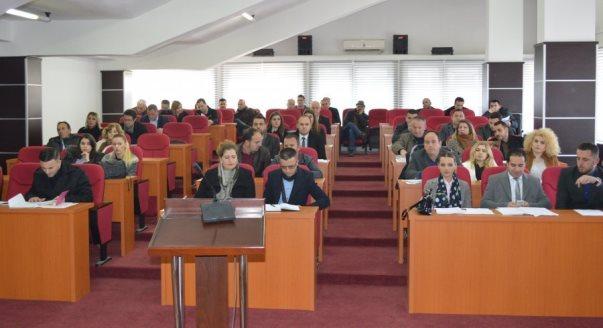 Malishevë: Ministria kërkon barazi gjinore në komitetet komunale